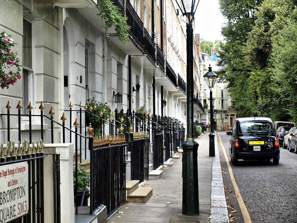 London, Taxi, Street