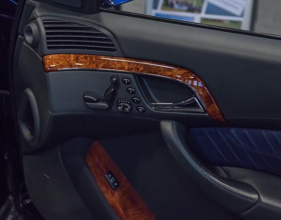 Mercedes, Door Trim, Seat Adjustment, Technology