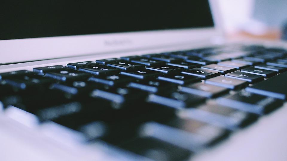 Macbook Pro, Laptop, Keyboard, Computer, Technology