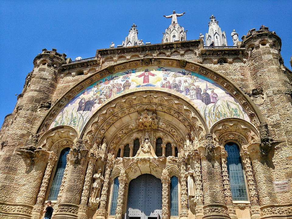 Barcelona, Temple, Icons