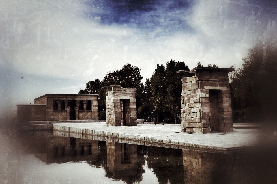 Temple Of Debod, Completo De Debod Temple, Madrid