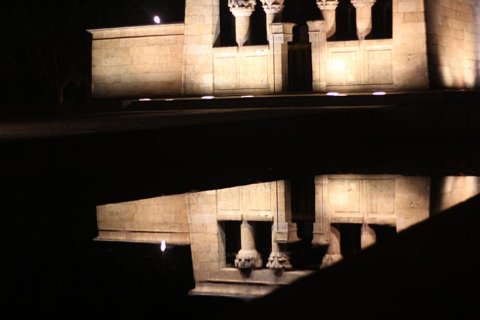 Temple Of Debod, Madrid, Reflection