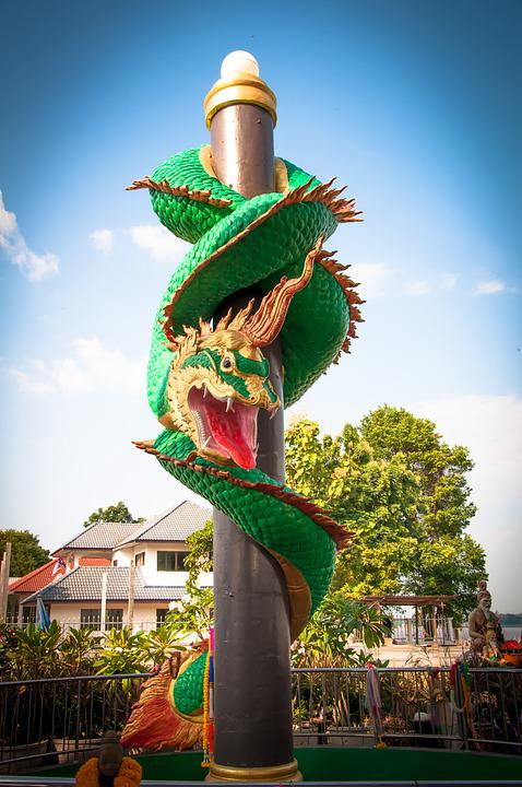 Mukdahan, Thailand, Serpent
