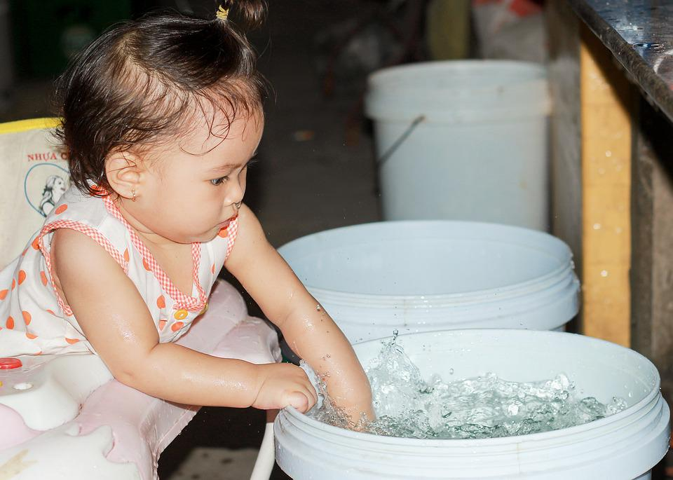 Pretty Baby, Splash, The Age Of Elves, Water, Play