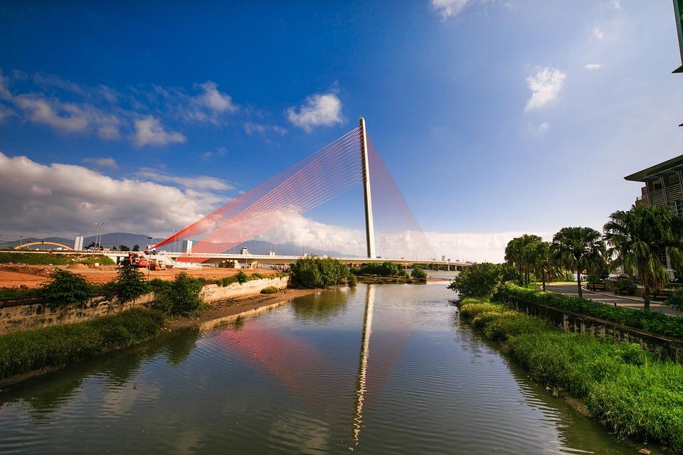 Vietnam, Danang, Tran Thi Ly Bridge, The City