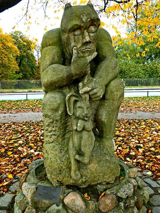 The Devil's Bridge, Statue, Stone Figure, Legend