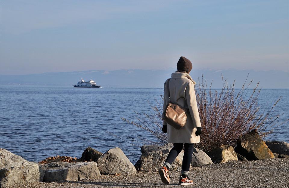 The Horizon, Spacer, She, Beach, Lake, Character
