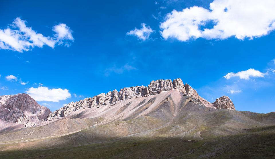 The Mountains, Blue Sky, White Cloud