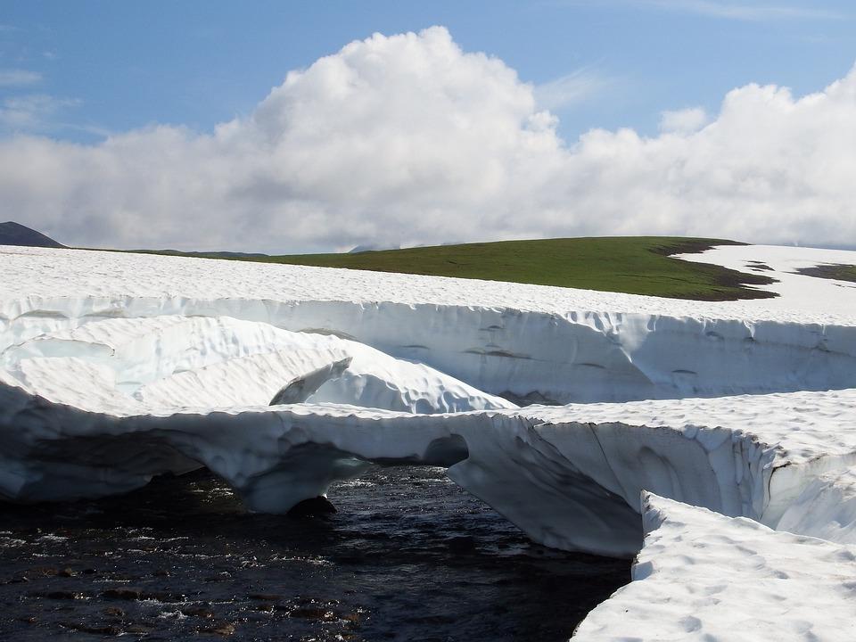 Kamchatka, Mountain Plateau, Tundra, The Snow