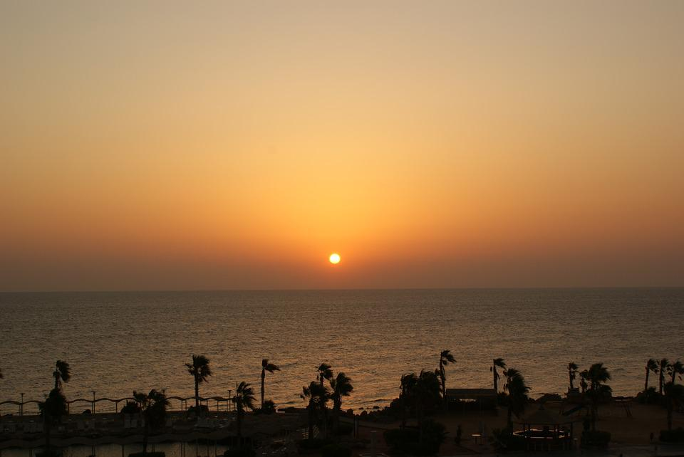 East, The Sun, Hurghada