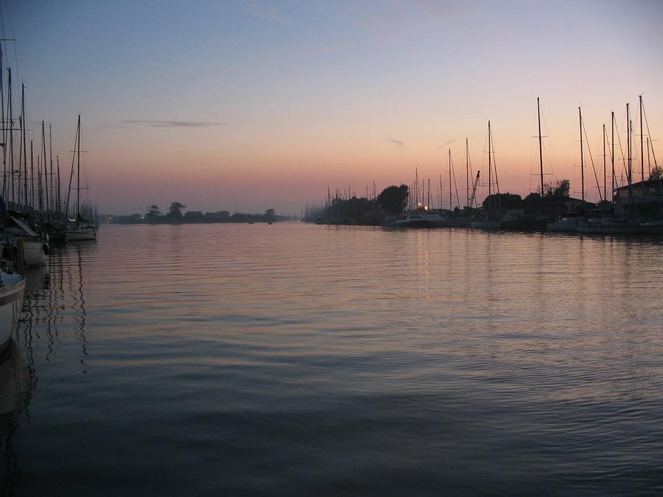 Italy, Tiber, Boat