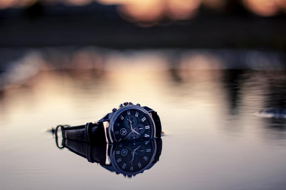 Clock, Time, Reflection, Wet, Reflections, Hour, Minute