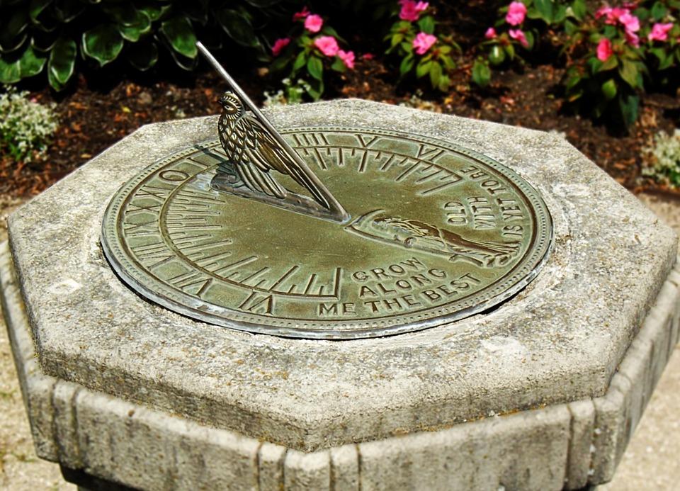 Sundial, Time, Stone, Sun, Vintage, Timepiece, Grungy