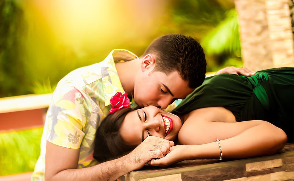 Couple, Kissing, Lying, Relaxing, Together, Happiness