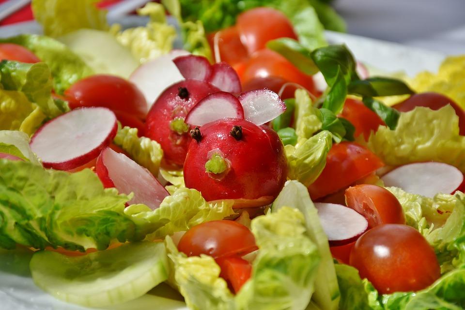Salad, Mixed, Tomato, Cucumber, Iceberg Lettuce, Green