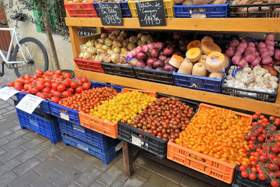 Retail, Vegetables, Tomatoes