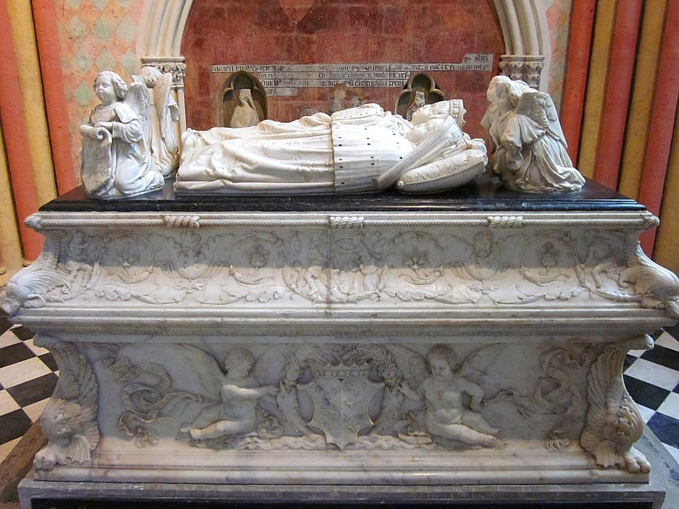 Tomb Of The Children Of France, Tours Cathedral, Effigy