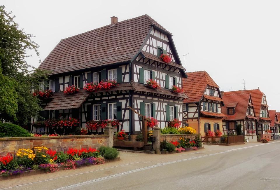 Betschdorf, France, Village, Town, Buildings