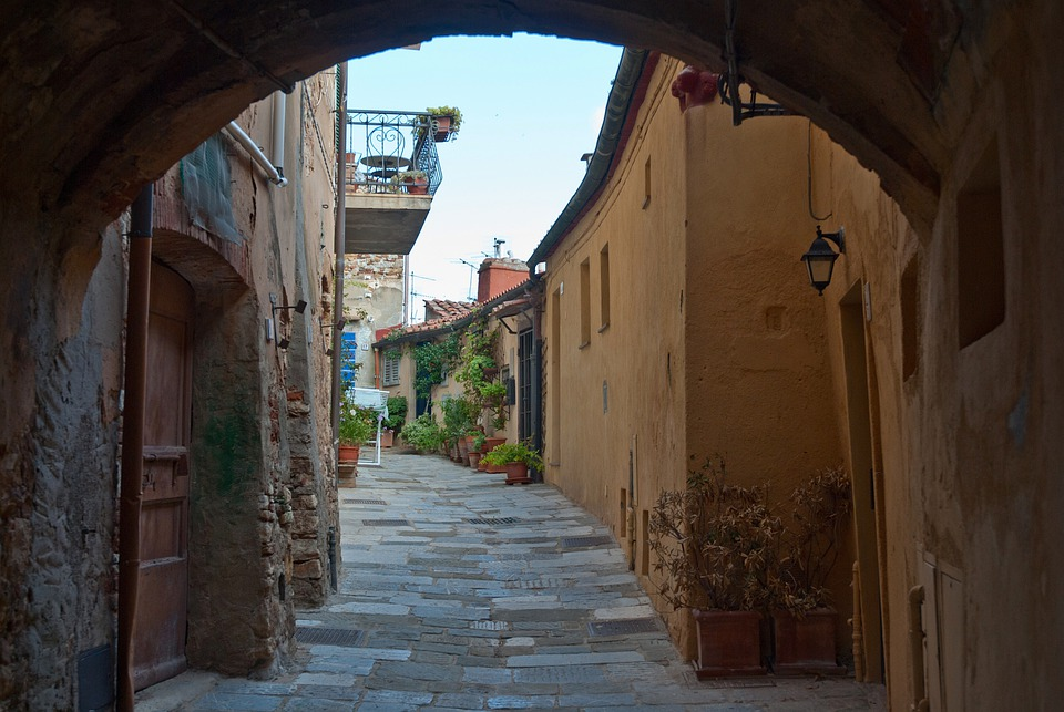 Italy, Town, Alley, Sidewalk, Buildings, Arch, Stone