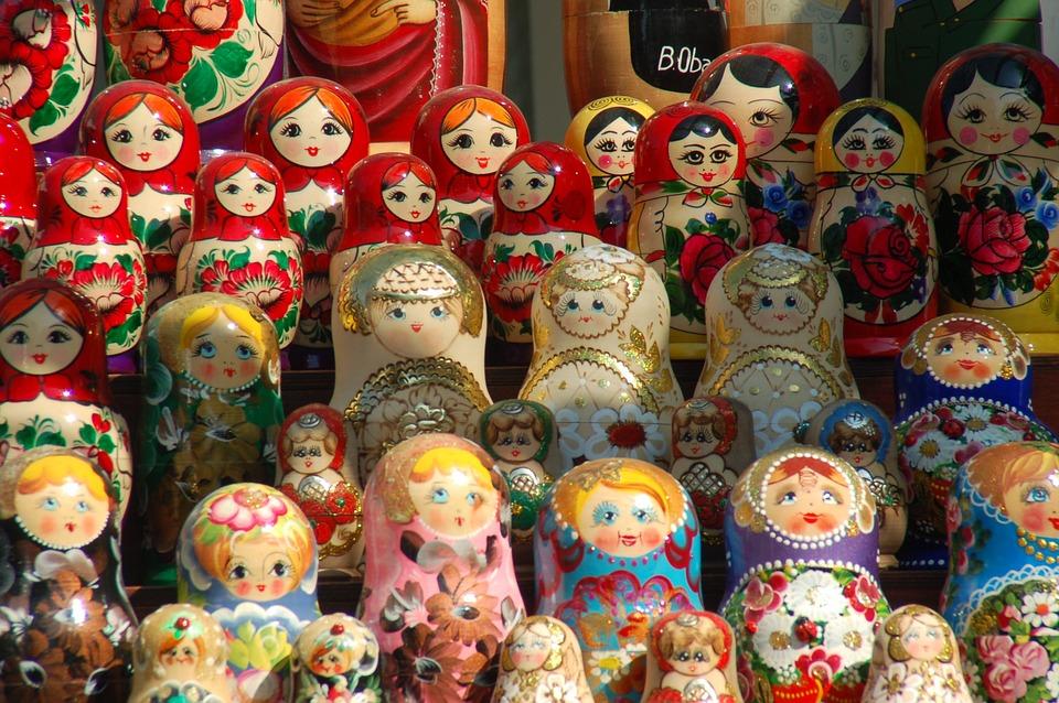 Russian Dolls, Matrioshkas, Wrist, Tradition, Memory
