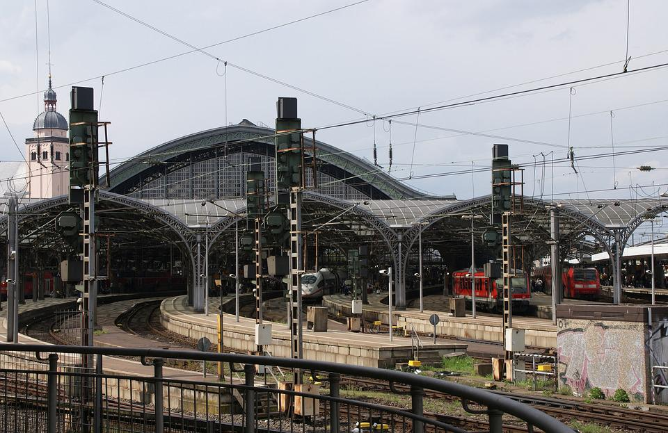 Railway Station, Gleise, Lines, Traffic, Cologne, Masts