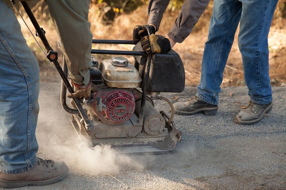 Workers, Trail Builder, Trail, Teamwork, Dust