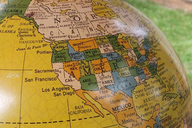 globe vintage e world travel map earth planet