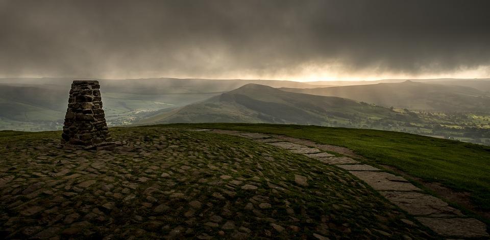Mam Tor, Trig Point, Peak District, Derbyshire, Clouds