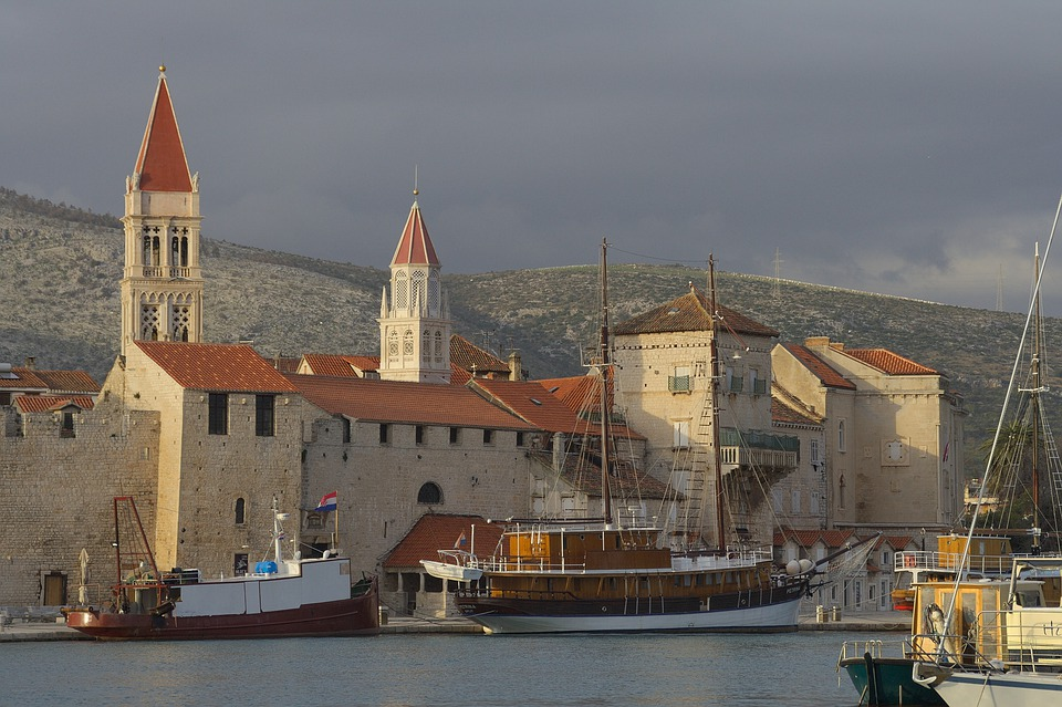 Croatia, Dalmatia, Trogir, Old Town, Port