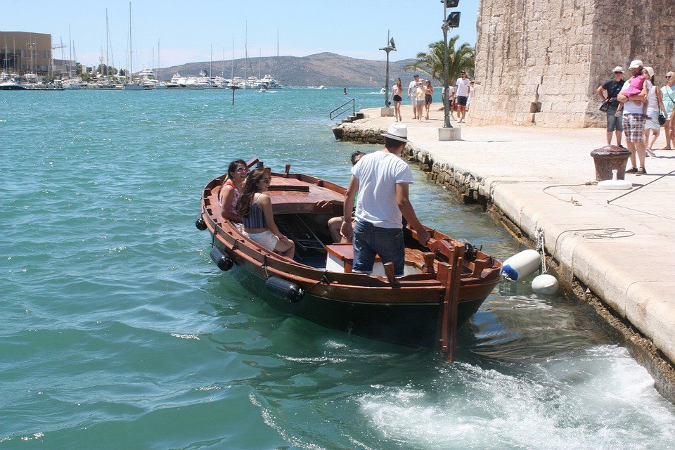 water taxi to La Mola: Things to do in Mahon