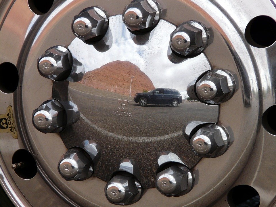 Rim, Auto Tires, Chrome, Truck, Auto, Vehicle, Drive