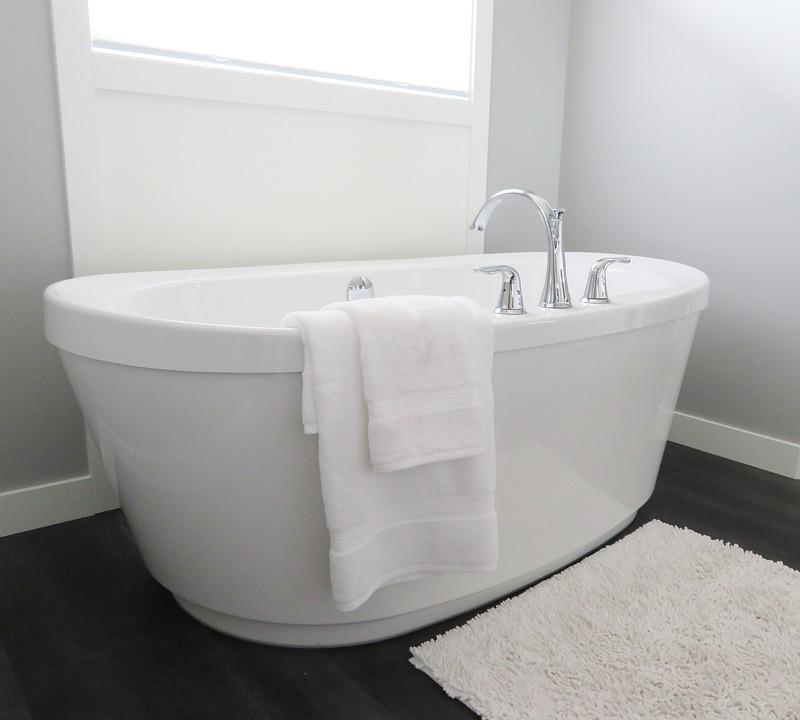Free photo Tub Bathroom Modern Hygiene White Bathtub Bath - Max Pixel