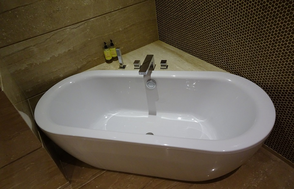 Free photo Tub Indoor Modern Hygiene Style Bathtub Bathroom - Max Pixel