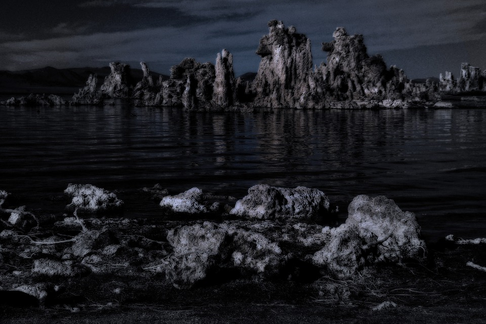 Mono Lake, Tufa, Tuff, Desert, California, Usa