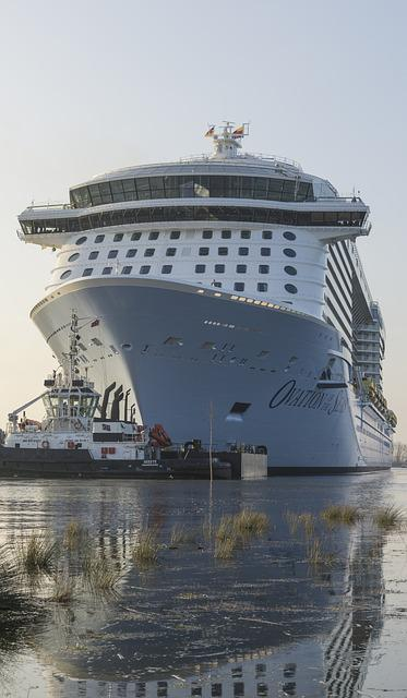 Ship, Water, Tug, Ems, Spieglung, Cruise Ship, Crossing