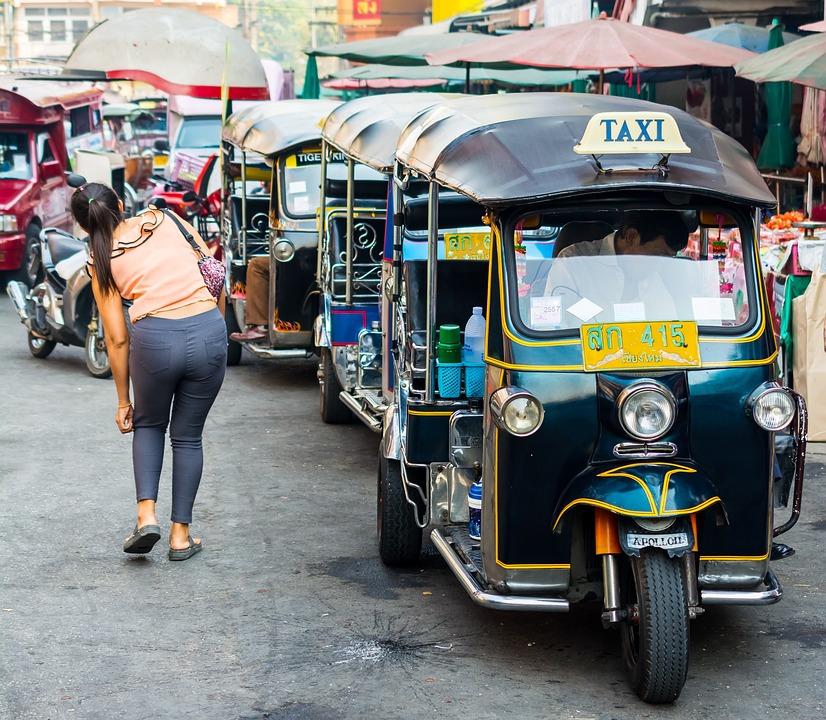 Tuk Tuk, Taxi, Warorot Market, Chiang Mai
