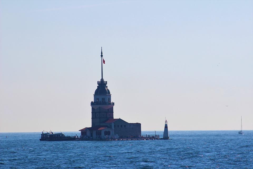 Istanbul, Maiden's Tower Kiz Kulesi, Turkey, Marine