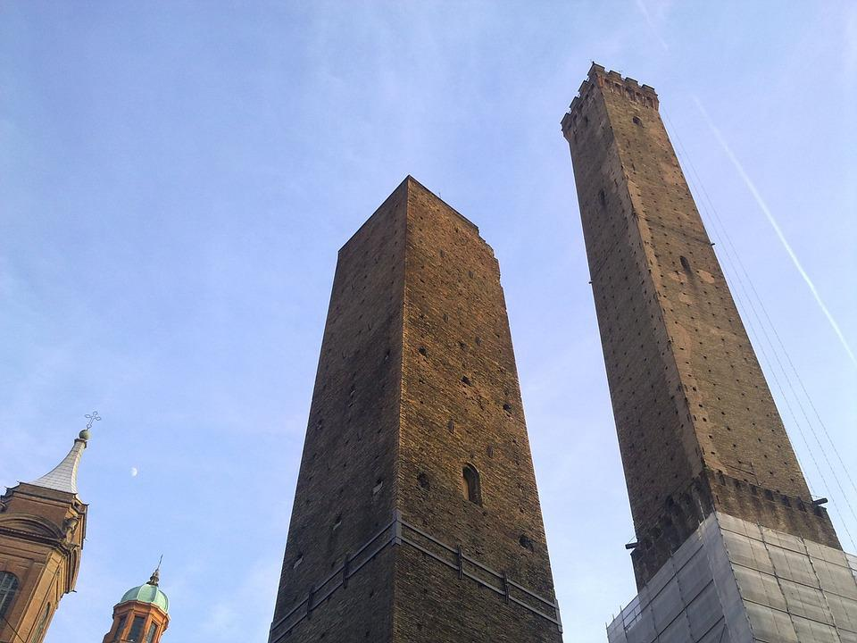 Bologna, Two Towers, Asinelli, Garisenda