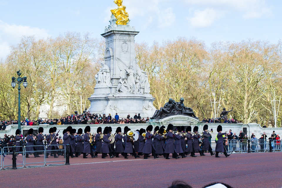 Band, March, Buckingham, Palace, Uk, Uniforms, England