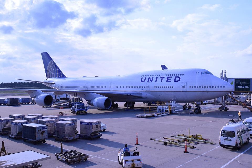 Airplane, Narita Airport, United Airlines