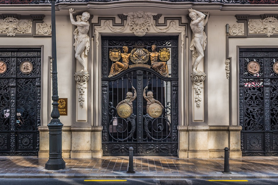 Valencia Doors Old Architecture Entrance Spanish & Free photo Valencia Spanish Entrance Doors Old Architecture - Max Pixel