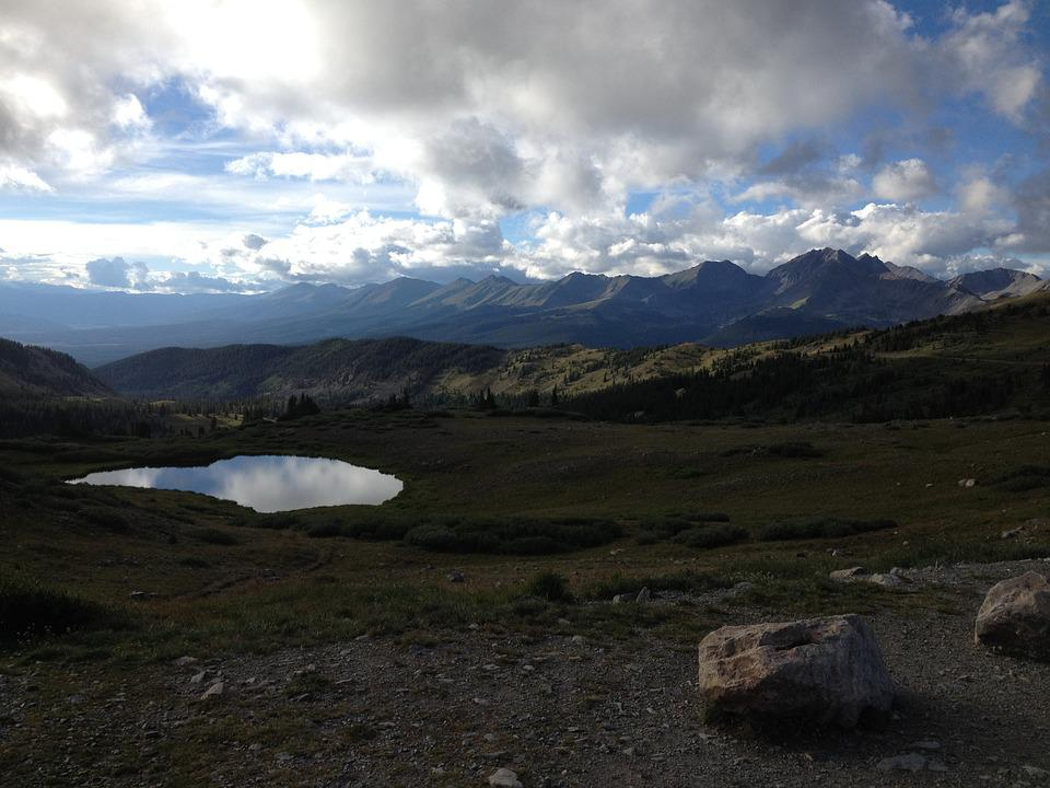 Mountains, Lake, Valley, Sunshine, Clouds, Grass, Sky