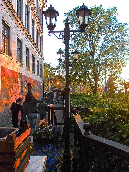 Outdoor Living, Vegetarian Restaurant, Outdoor Seating