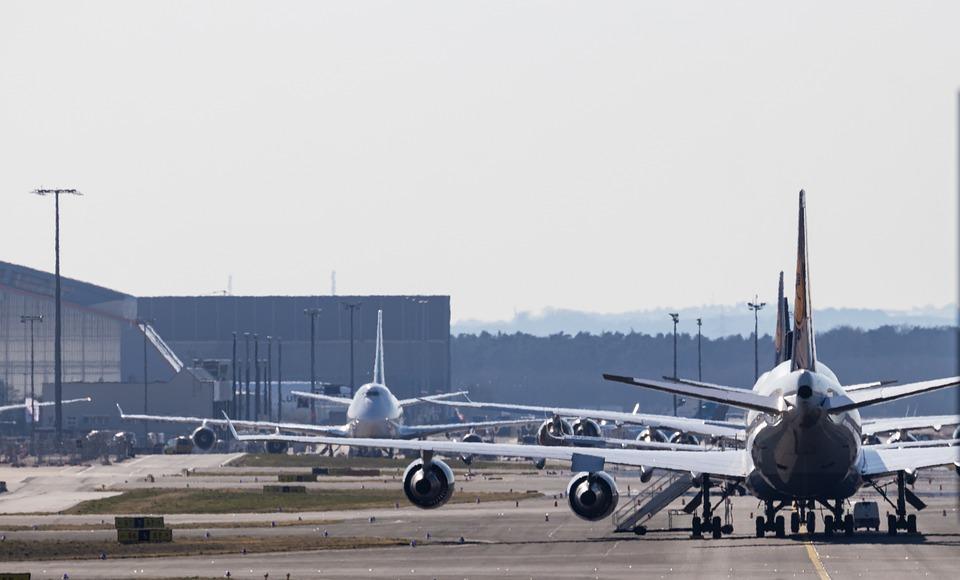 Airplane, Airport, Runway, Aircraft, Jet, Vehicle