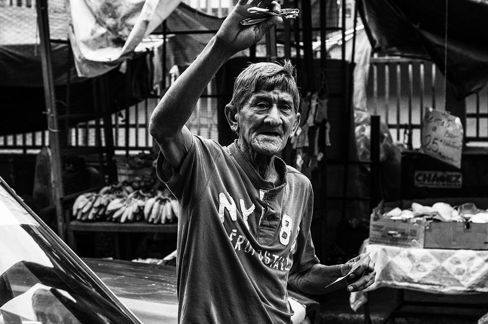 Maracaibo, Venezuela, Man, Selling Razors