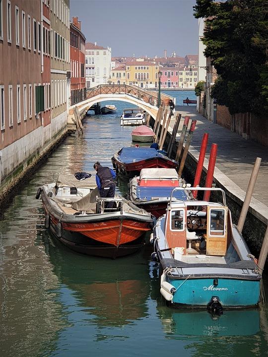 Venice, Canal, Giudecca, Boat, Water, Bridge