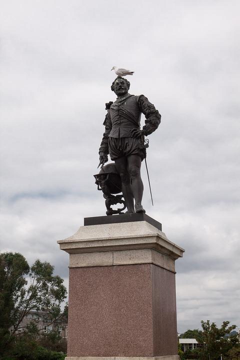 Francis Drake, Statue, Vice Admiral