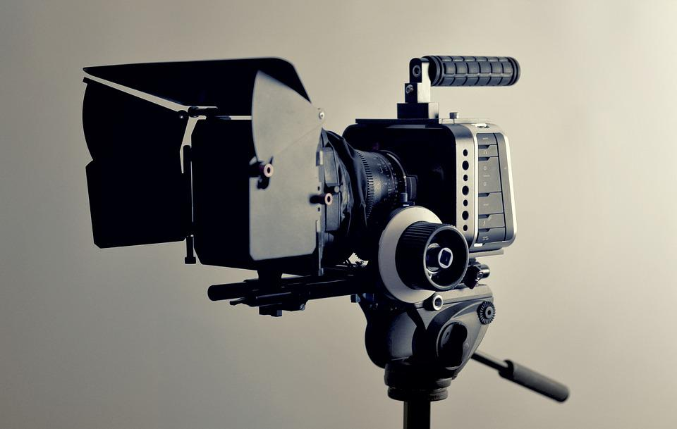 http://maxpixel.freegreatpicture.com/static/photo/1x/Video-Camera-Production-Filmmaking-Cinema-2341279.jpg