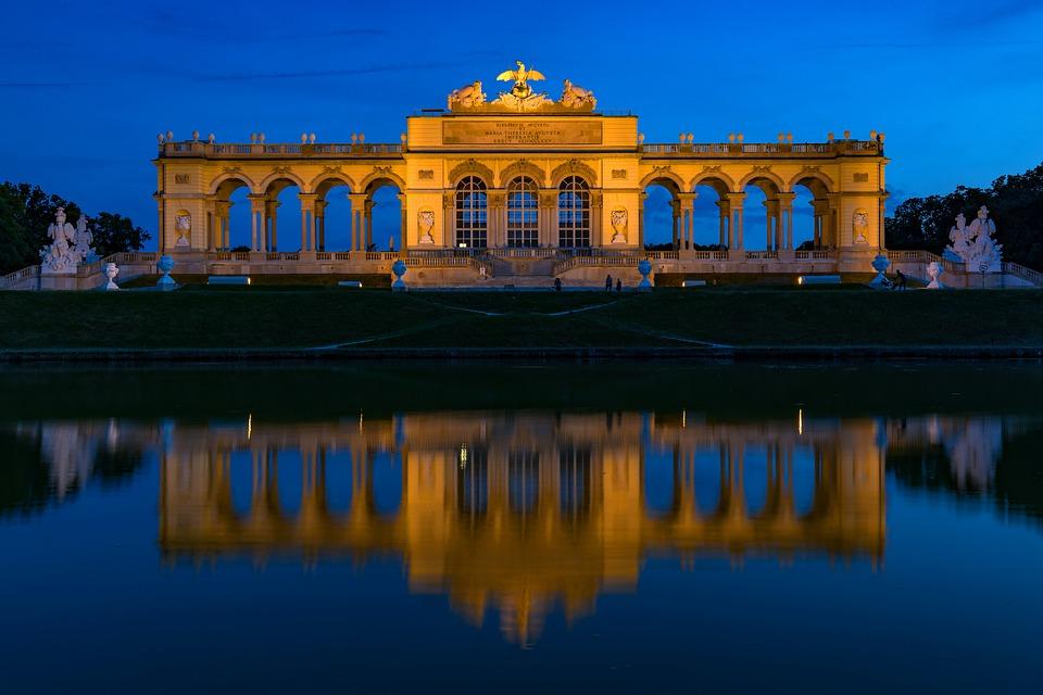 Vienna, Schönbrunn, Gloriette, Night