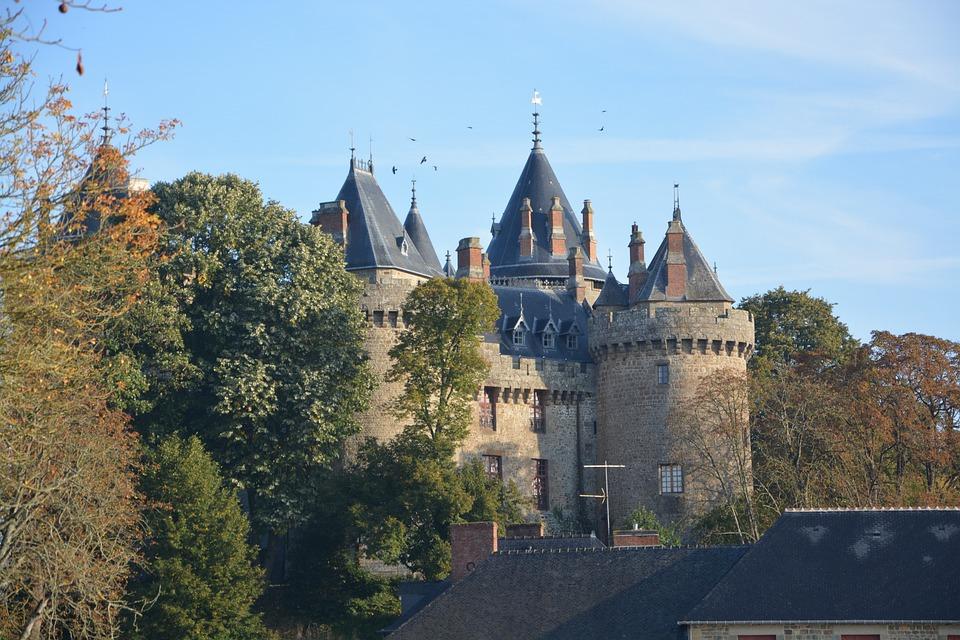 Castle, Combourg, View Castle, Combourg Tourist Town